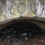 Трещина в несущей арке Потёмкинской лестницы