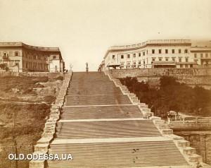 1886г.Одесса.Одна из самых ранних хорошо сохранившихся фотографий Гигантской,Бульварной,Ришельевской,Воронцовской...Потёмкинской лестницы.